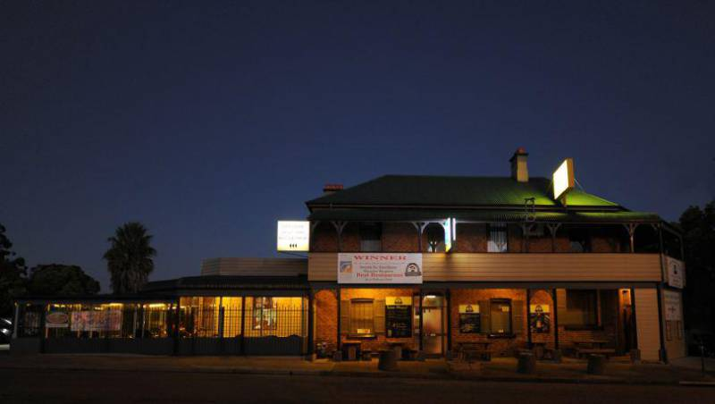 Bushrangers Bar  Brasserie - Mount Gambier Accommodation