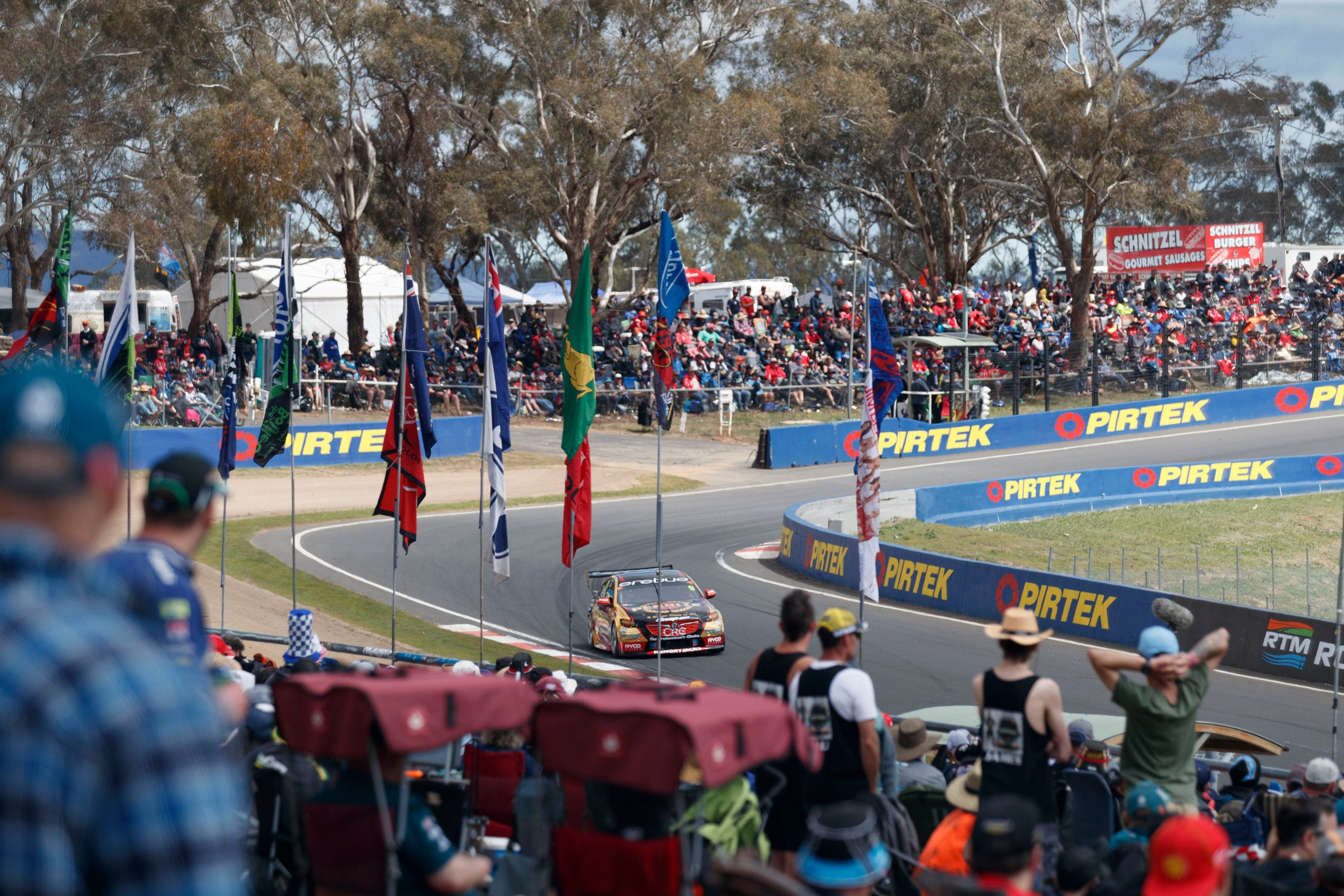 Supercars Supercheap Auto Bathurst 1000 - Mount Gambier Accommodation