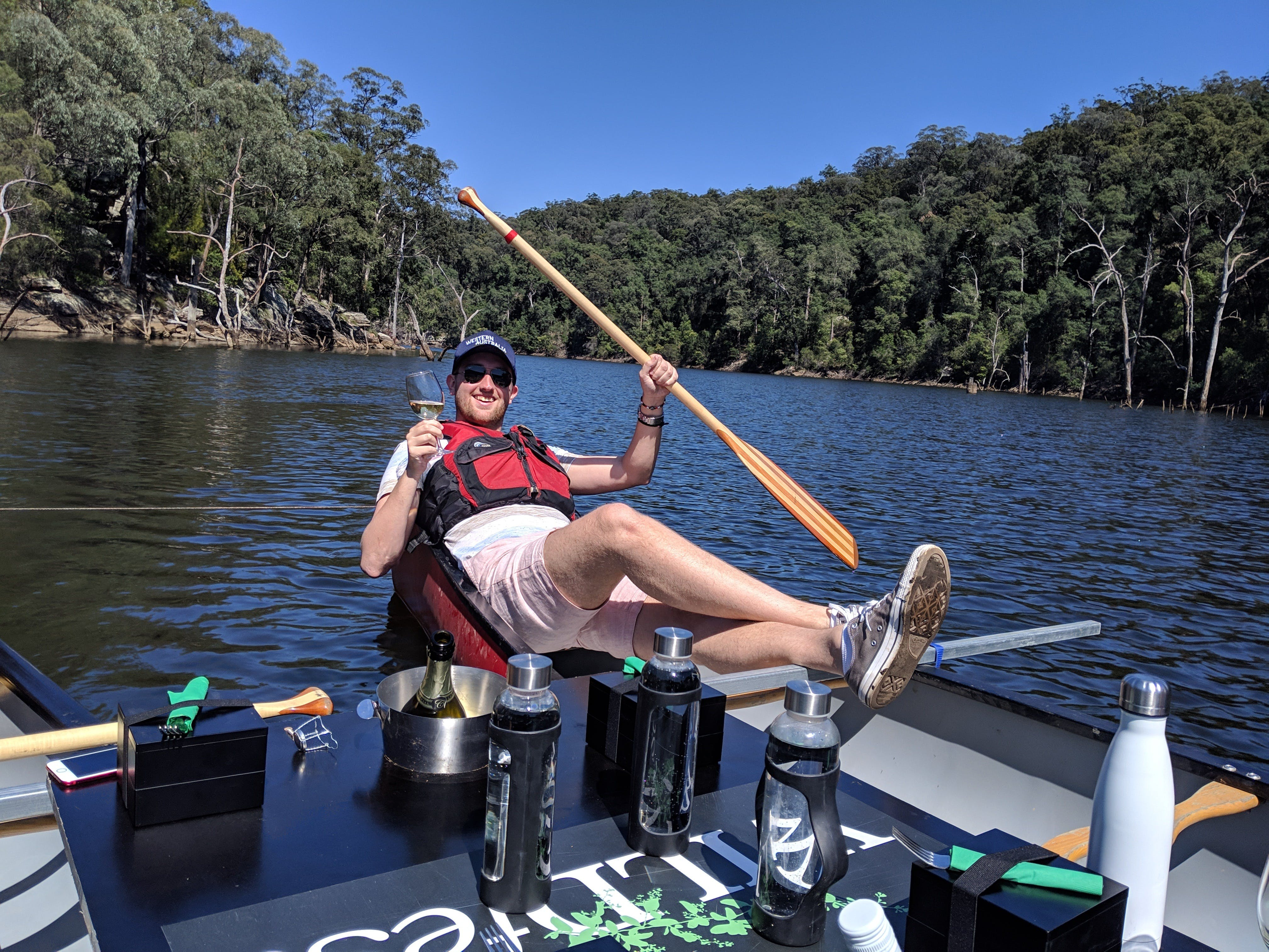 Canoes Champagne and Canaps - Mount Gambier Accommodation