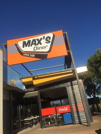Max's Diner - Mount Gambier Accommodation
