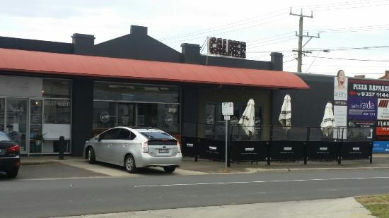 Calmer Cafe - Mount Gambier Accommodation