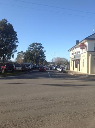 Longwarry Hotel - Mount Gambier Accommodation