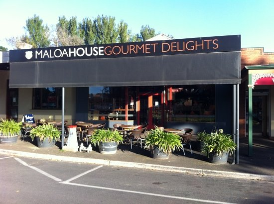 Maison Maloa Licensed Cafe  Gifts - Mount Gambier Accommodation