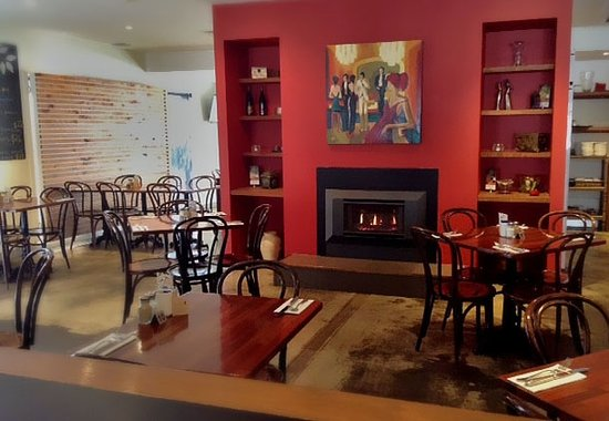 RED Wine Bar and Bistro - Mount Gambier Accommodation