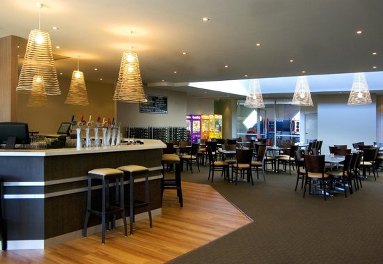 The Beach Hotel Jan Juc - Mount Gambier Accommodation