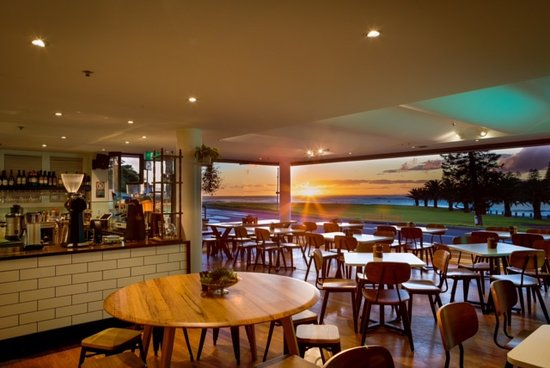 Penny Whistlers Cafe - Mount Gambier Accommodation