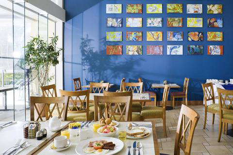 Blue Mango Cafe Wine Bar - Mount Gambier Accommodation