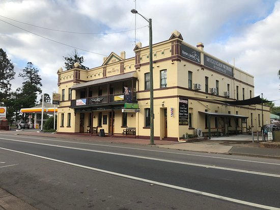 Horse and Jockey Hotel - Mount Gambier Accommodation