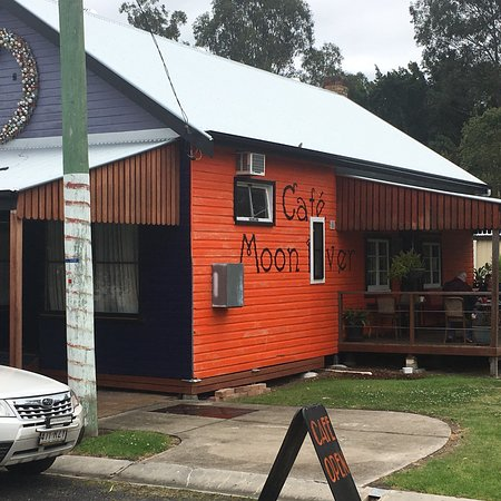 Moon River Cafe - Mount Gambier Accommodation