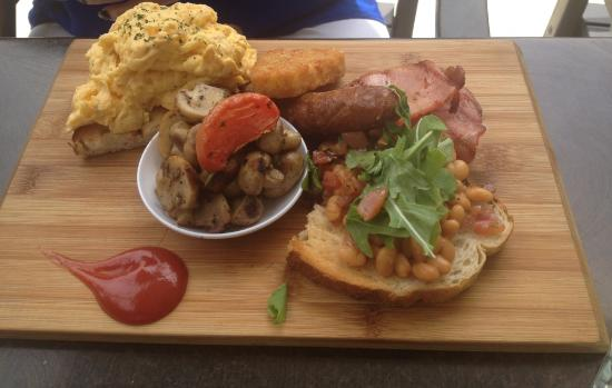 Cafe Isar - Mount Gambier Accommodation