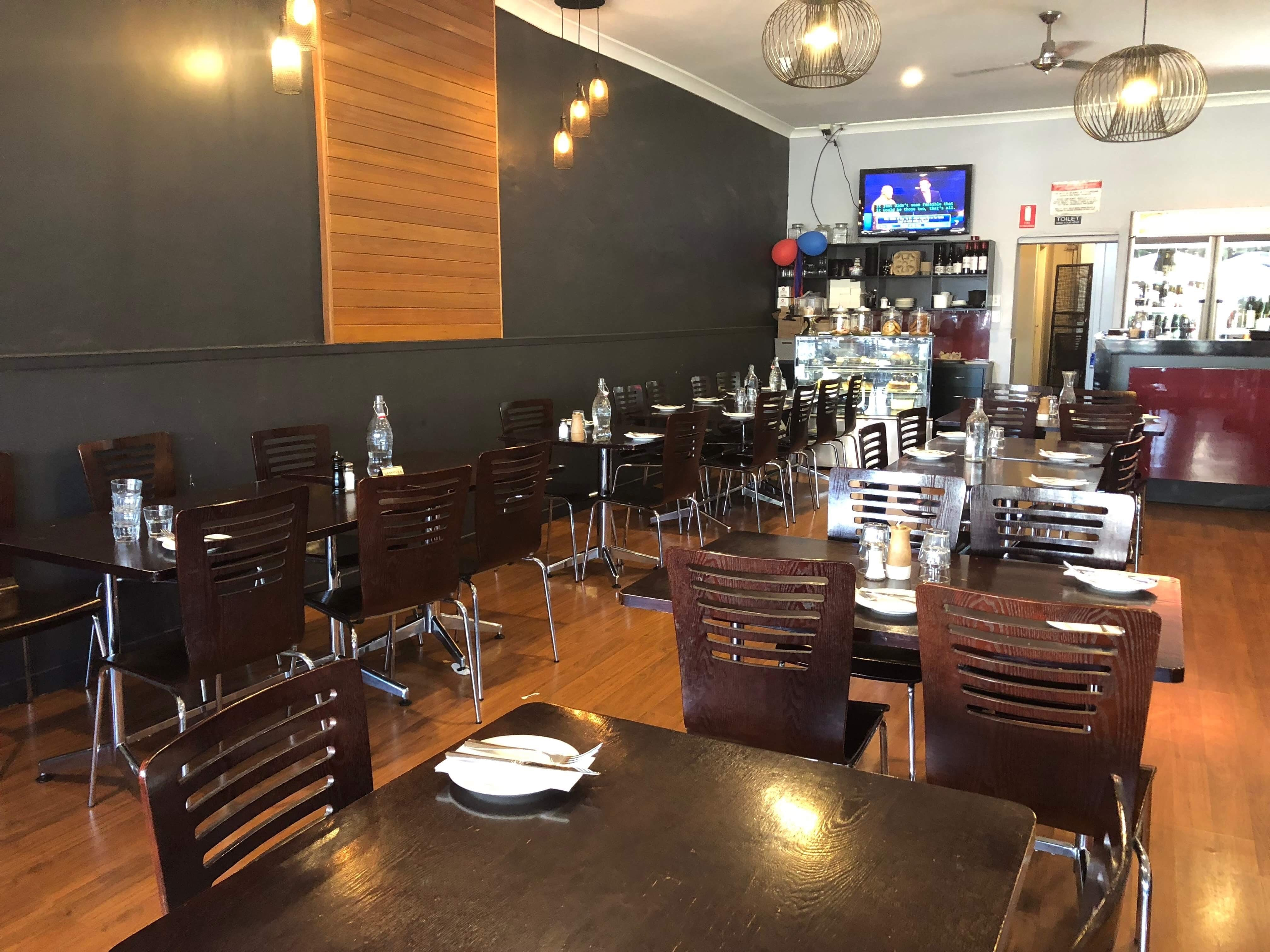 Cafe Capellas - Mount Gambier Accommodation