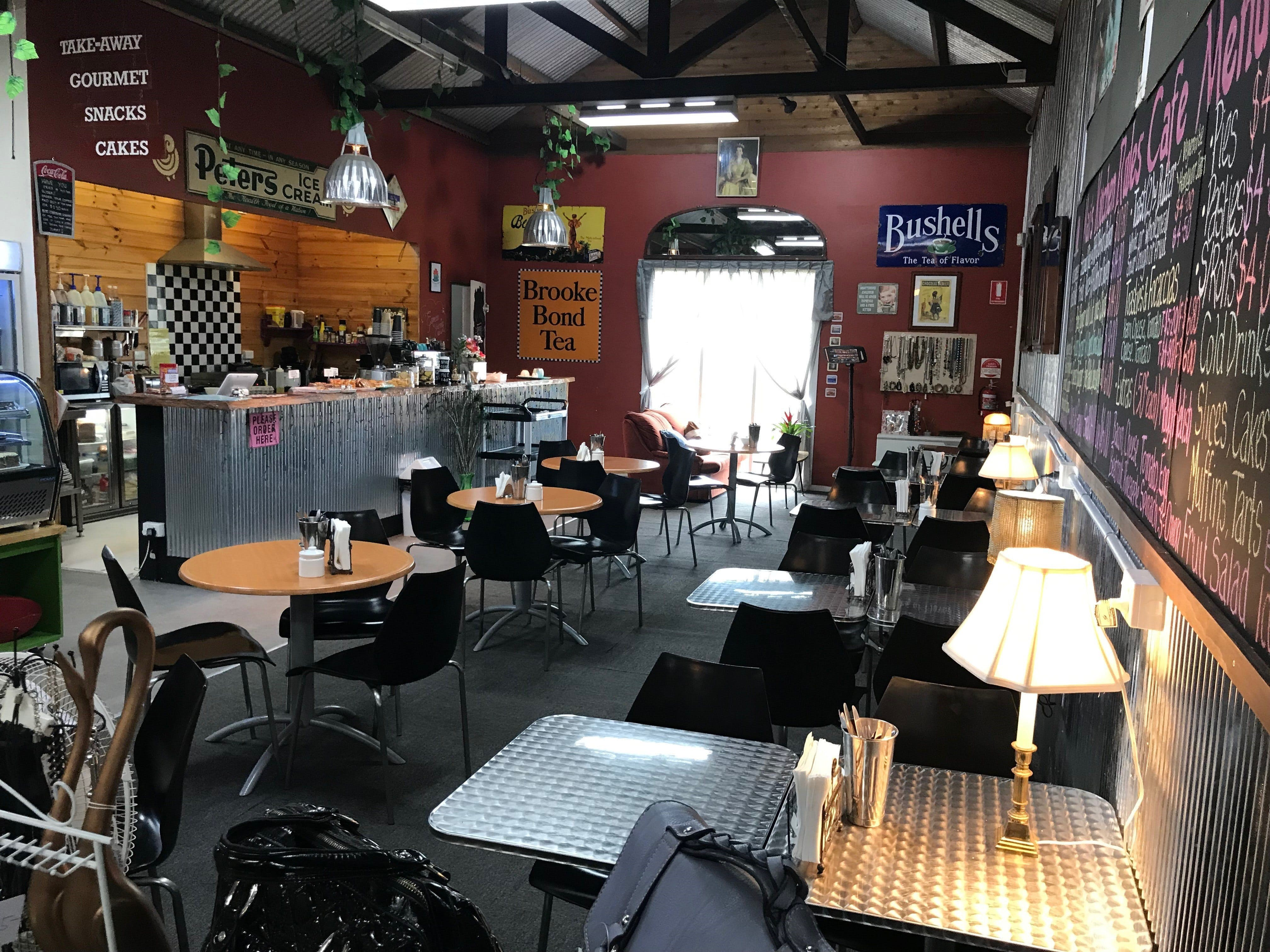Mai's Kitchen Rules Cafe - Mount Gambier Accommodation