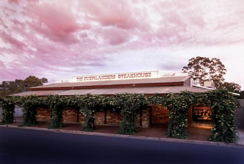 The Overlanders Steakhouse - Mount Gambier Accommodation