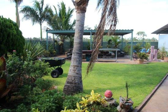 Devils Marbles Hotel - Mount Gambier Accommodation