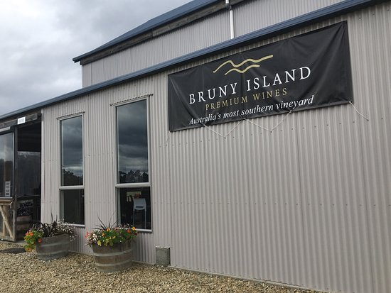 Bruny Island Wines Grill - Mount Gambier Accommodation