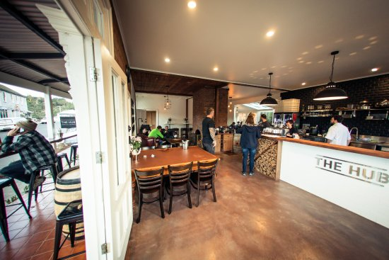 The Hub - Pizza and Beer - Mount Gambier Accommodation