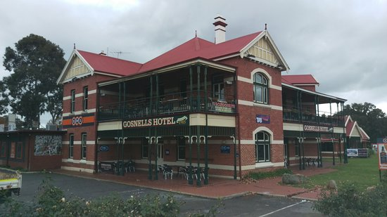 Gosnells Hotel - Mount Gambier Accommodation