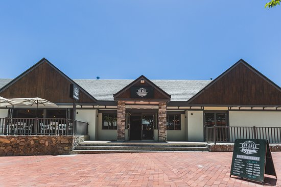 The Dale Bar and Bistro - Mount Gambier Accommodation