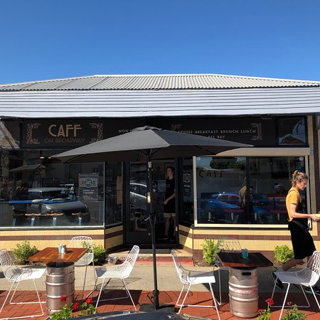 Caff on Broadway - Mount Gambier Accommodation