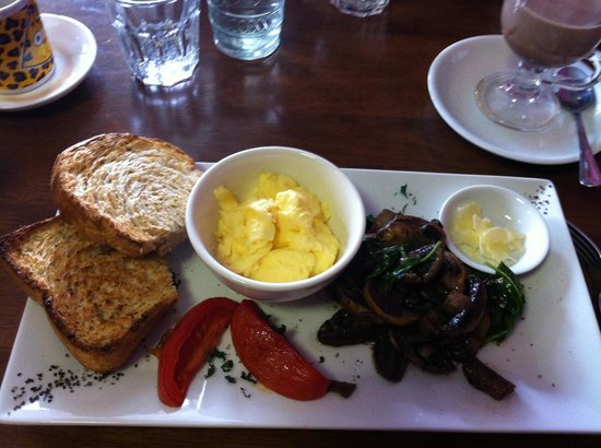 Cafe Portico - Mount Gambier Accommodation