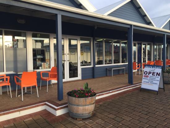 DeckChair Cafe - Mount Gambier Accommodation