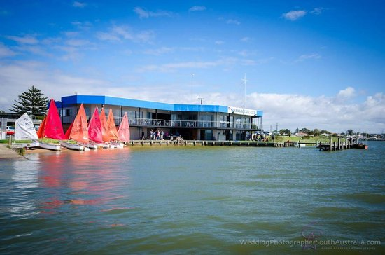 Goolwa Aquatic Club Restaurant - Mount Gambier Accommodation