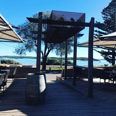 1802 Oyster Bar  Bistro - Mount Gambier Accommodation