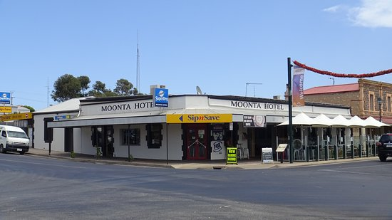 Moonta hotel - Mount Gambier Accommodation