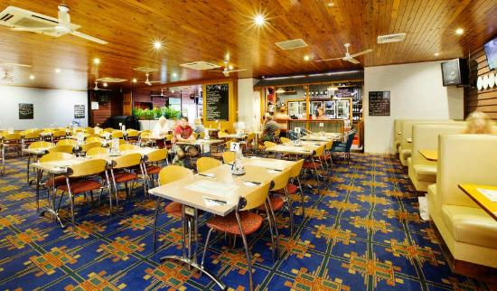 Coutts Commercial Tavern - Mount Gambier Accommodation