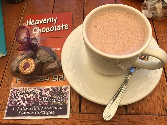 Stanthorpe's Heavenly Chocolate at Wisteria Cottage - Mount Gambier Accommodation