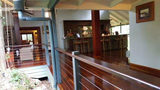 Treehouse Restaurant - Mount Gambier Accommodation