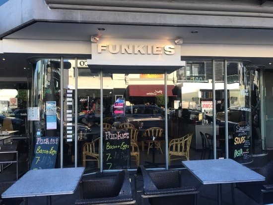 Funkies Cafe - Mount Gambier Accommodation