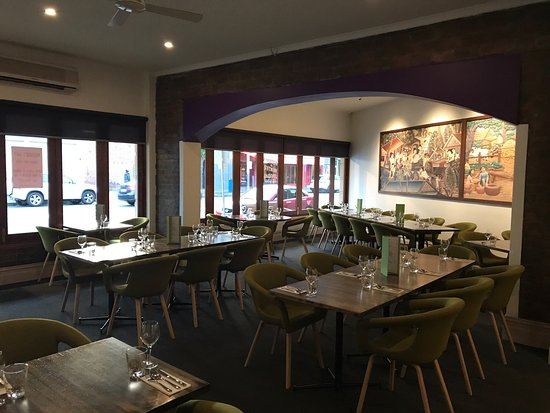 Narai Kitchen  Bar - Mount Gambier Accommodation
