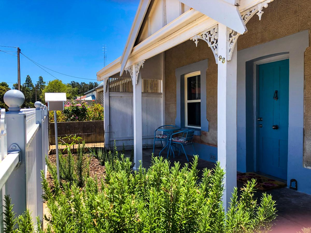 Inglenook Cottage - Mount Gambier Accommodation