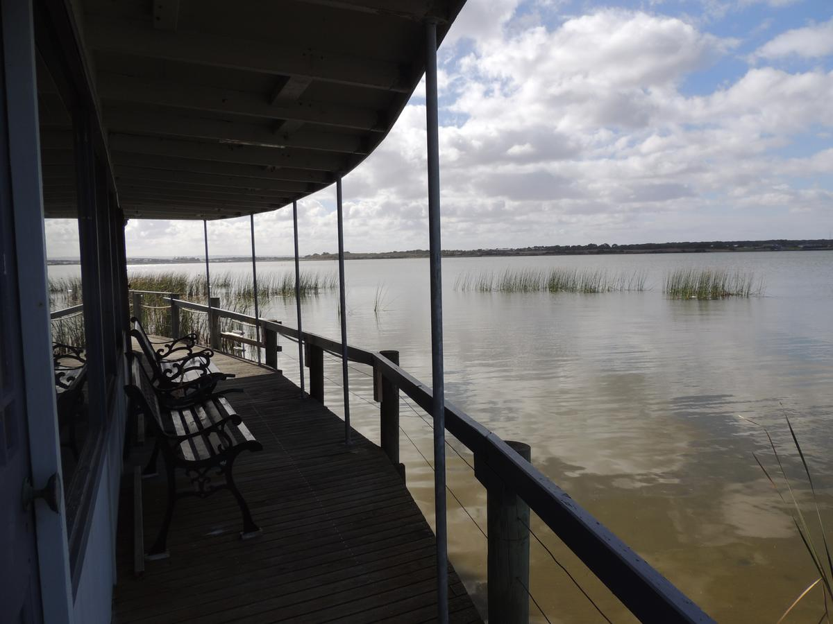 PS Federal Retreat Paddle Steamer Goolwa - Mount Gambier Accommodation
