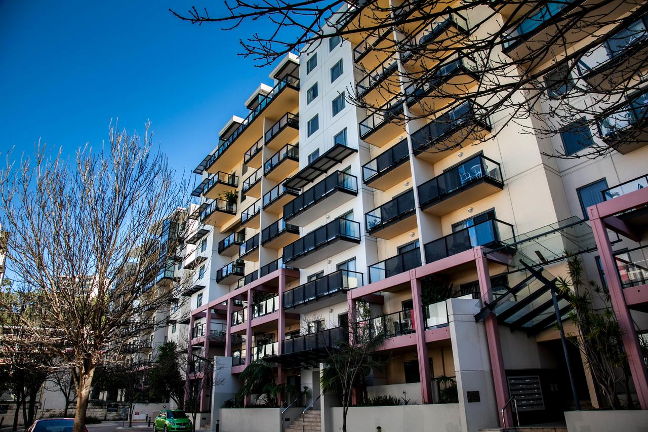 Apartments on Mounts Bay - Mount Gambier Accommodation