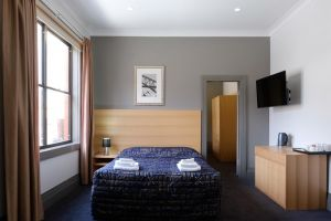 Royal Exhibition Hotel - Mount Gambier Accommodation