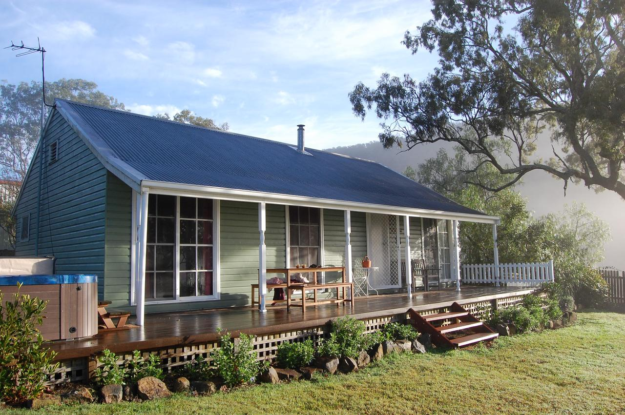 Cadair Cottages - Mount Gambier Accommodation