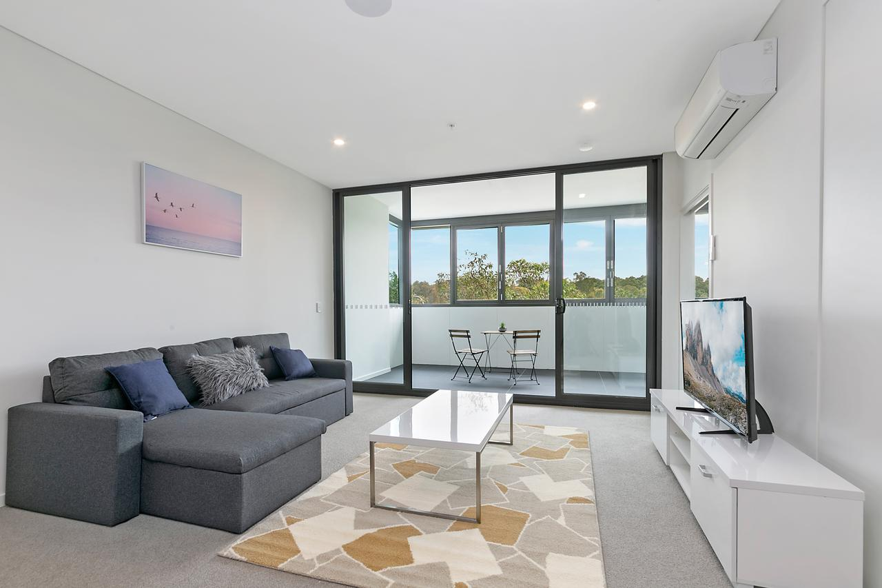 Stylish and Neat two bed apartment in Wentworth Point - Mount Gambier Accommodation