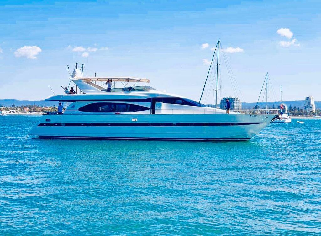 Million dollar Luxury 90ft yacht in Gold Coast - Mount Gambier Accommodation