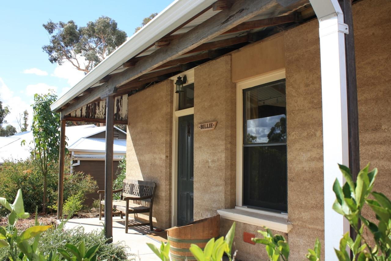 Hotham Ridge Winery and Cottages - Mount Gambier Accommodation