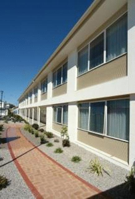 Edgewater Hotel - Mount Gambier Accommodation