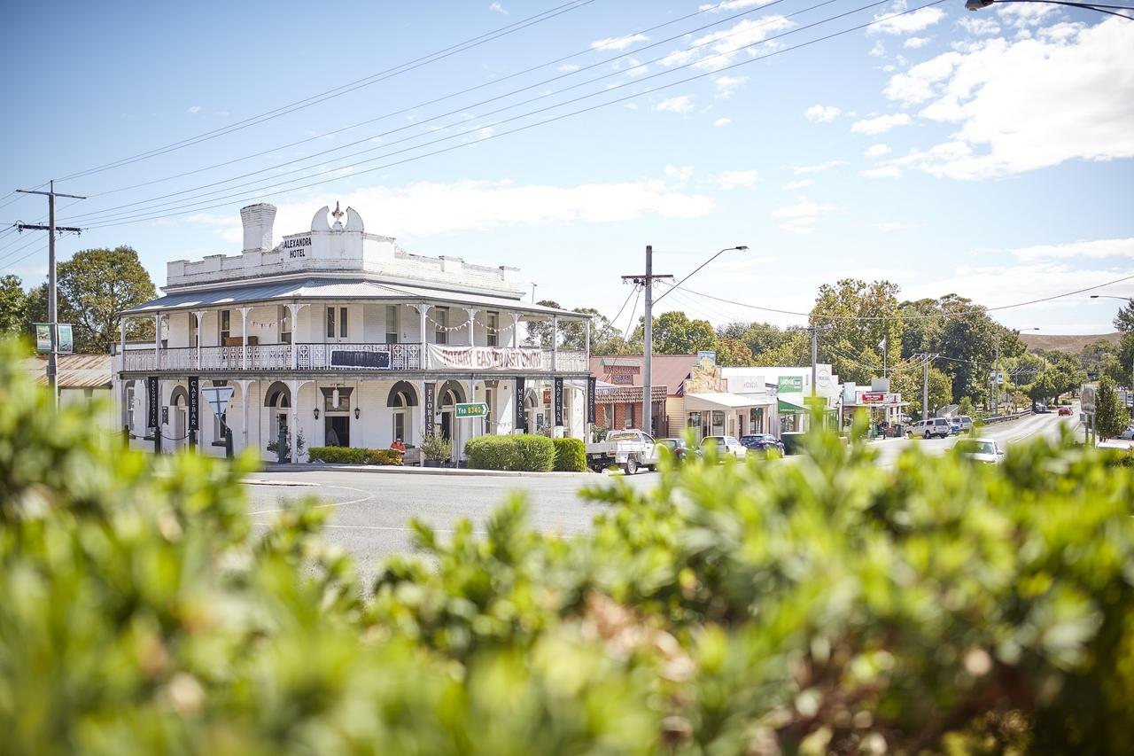 The Alexandra Hotel - Mount Gambier Accommodation