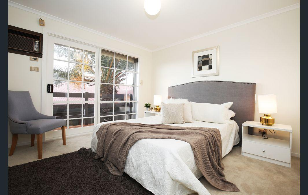 The Gallery Hours - Mount Gambier Accommodation