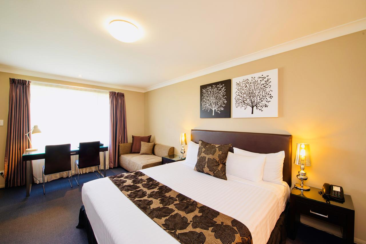 Best Western Plus Ambassador On Ruthven Motor Inn - Mount Gambier Accommodation