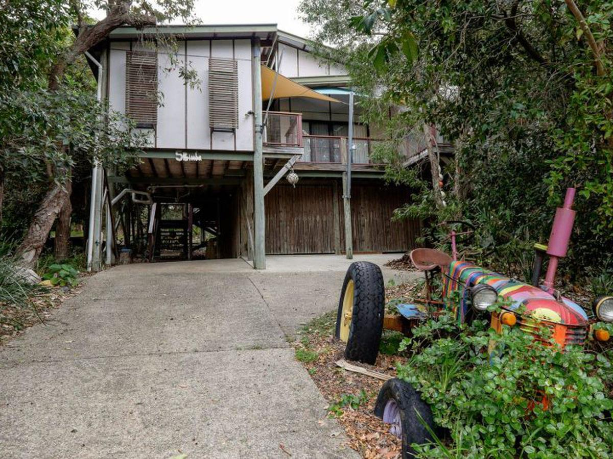 Five Bimba Tractor House - Mount Gambier Accommodation